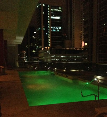 Waldorf Astoria Panama: P Level at Night