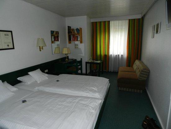 Insel-Hotel Lindau: Double bedroom