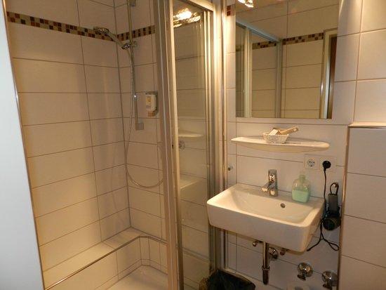 Insel-Hotel Lindau: Bathroom of DB