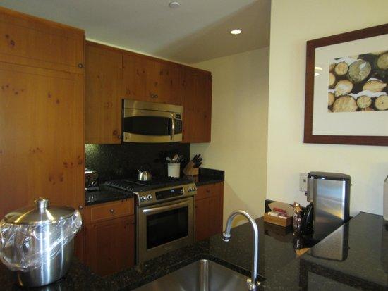 Stowe Mountain Lodge : Kitchen.