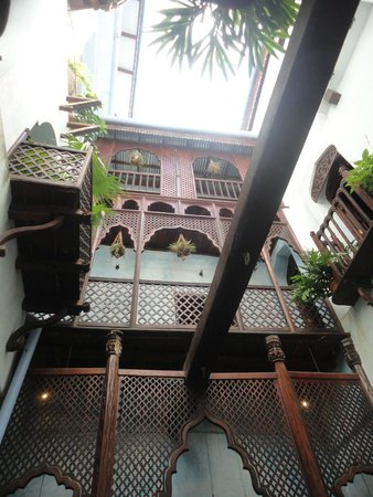 Emerson Spice : Looking into hotel from Violetta Room