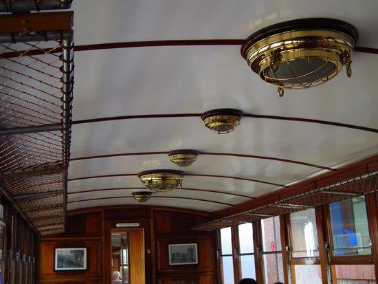 Ferrocarril de Sóller: Carriage interior