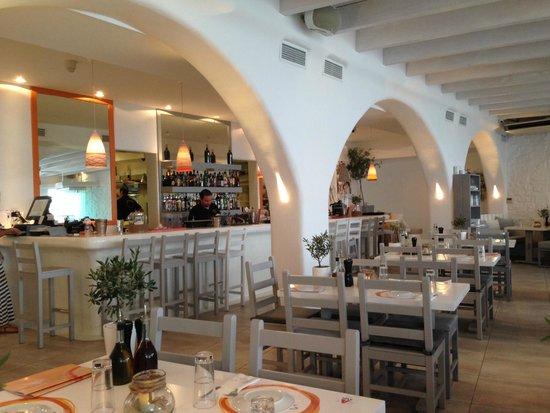 Avli Tou Thodori: View of the bar