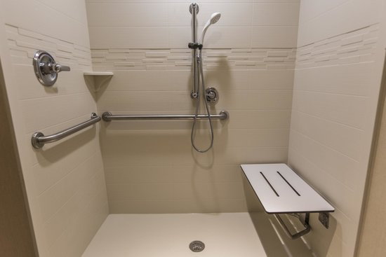 Ada Roll In Shower Picture Of Homewood Suites By Hilton