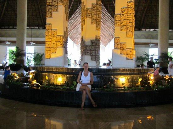 Grand Bahia Principe Tulum : Au lobby.