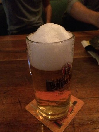 Berlin Food Tour: A perfect head on a German beer