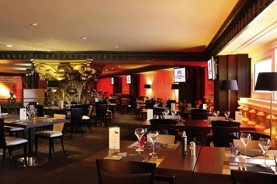 Le restaurant du casino caf croisette vous accueille for Areas de un restaurante
