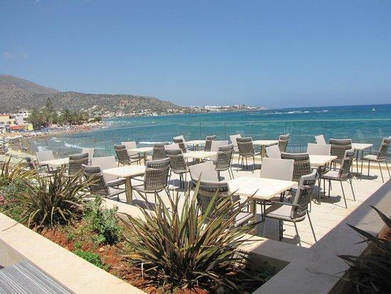 Aktia Lounge Hotel & Spa : une terrasse