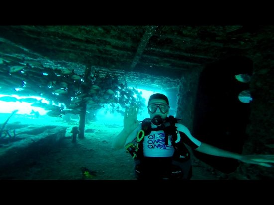 Scuba Diving Cancun : Wreck Dive