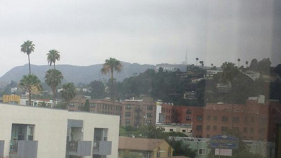 Super 8 Hollywood/LA Area: Hollywood sign seen and view from my window