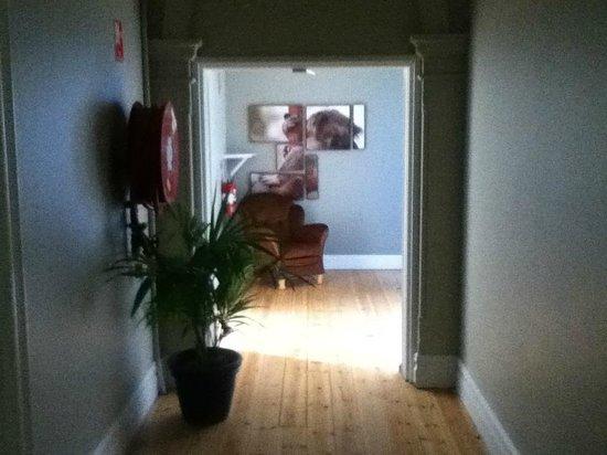 Port Elliot Beach House YHA: Hallway - Port Elliot Beach House - All Wood floors.