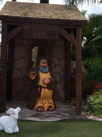 Holy Land Experience: Statue