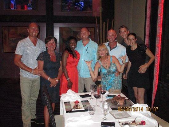 Hotel Riu Palace Macao: Met new friends at the Krystal