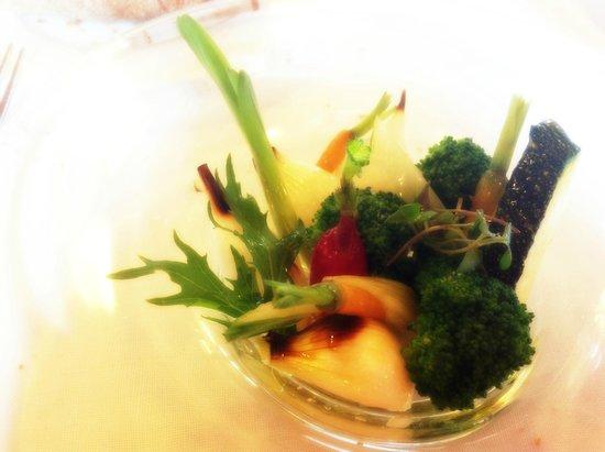 Asador Etxebarri: Ensalada de verduras (la nuestra era mejor que la que ponían en el menú no-vegetariano