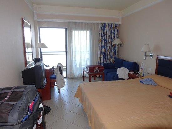 Hotel Mediterranean : chambre vue mer