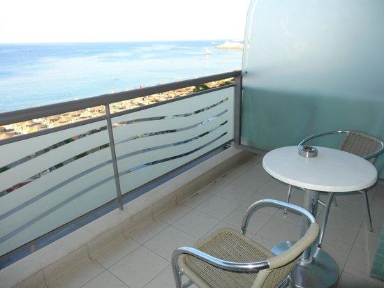 Hotel Mediterranean : balcon vue mer