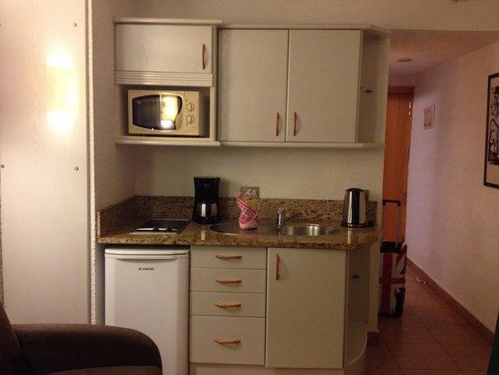 MUR Aparthotel Buenos Aires: Kitchen area