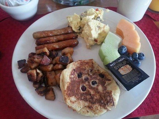 Fisherman's Wharf Inn : Buffet breakfast