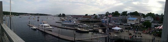 Fisherman's Wharf Inn : Panoramic view from our room on the 3rd floor