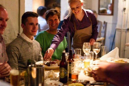 The Old Bakehouse: Service
