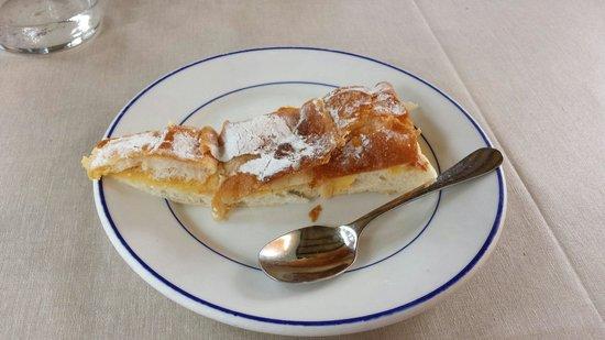 Meson Son Caliu: Mallorquin cake