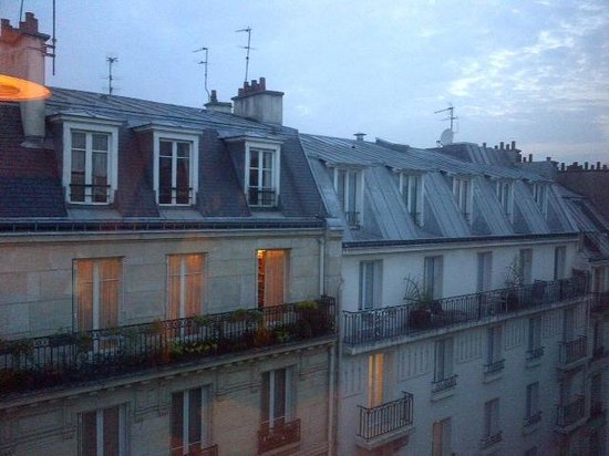 Hotel Paris Vaugirard: View from one of the rooms