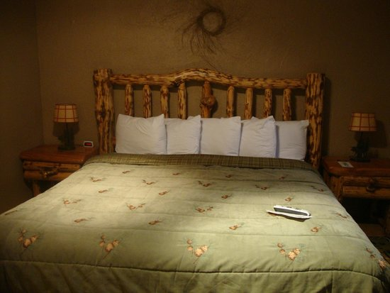 Moose Creek Inn : bedroom