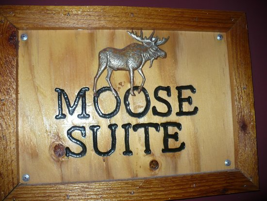 Moose Creek Inn : front door