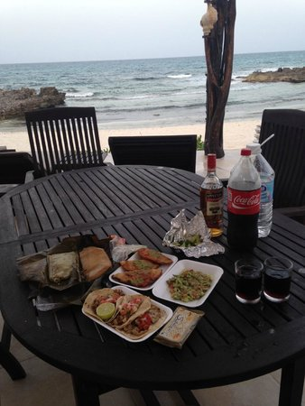 Playa La Media Luna Hotel: our takeout meal after the bar closed (closes early around 6pm)