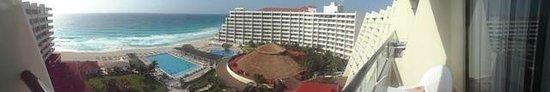 Crown Paradise Club Cancun : Crown Paradise!
