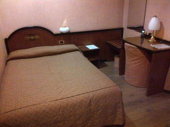 IH Hotels Milano Puccini : Room