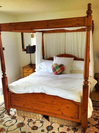 Ty-Llwyd Bed & Breakfast: cottage bedroom