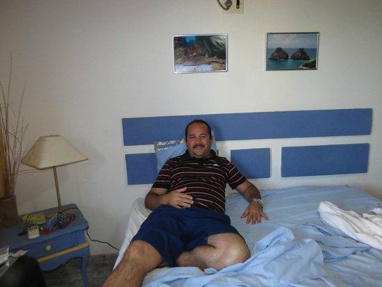 Pousada Mar Azul: deitado na cama