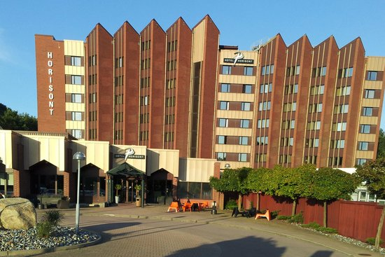 Good Morning+ Helsingborg: Foto på Hotellet från parkeringen