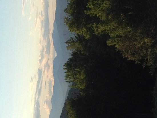 Snowvillage Inn: Mountain view
