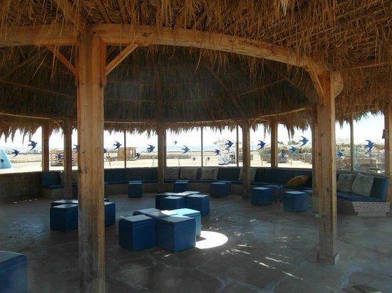Three Corners Rihana Resort: Bar à la plage extérieure (boissons payantes)