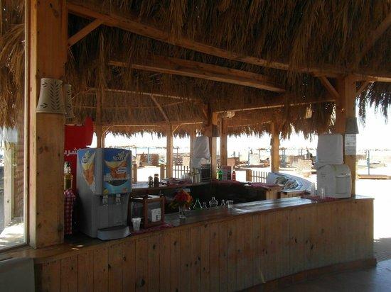 Three Corners Rihana Resort : Bar à la plage extérieure (boissons payantes)