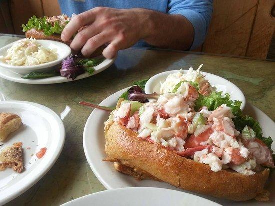 Sarah's Cafe: Lobster sandwich