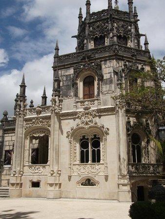 Lisbon Destination Hostel: castle tour