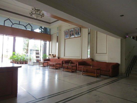 Ballal Residency: Eingangshalle