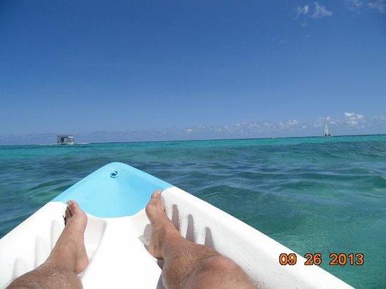 Ocean Blue & Sand: playa