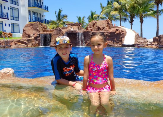 El Cid Marina Beach Hotel : PADRE ALBERCA
