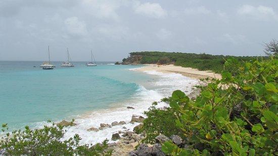 Simpson Bay, St-Martin/St Maarten: Tintamarre island