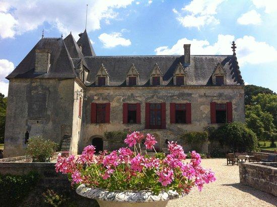 Rendez-vous au Chateau: Chateau OLIVIER, ça c'est un château ! A fairytale chateau !