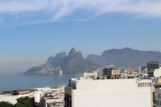 Atlantis Copacabana: View from the roof top pool