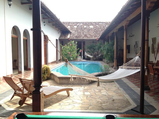 Hotel La Bocona: Another view from the pool. Very relaxing area