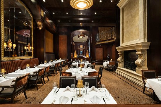 Hy 39 s steak house toronto 101 120 adelaide st w for Best private dining rooms downtown toronto