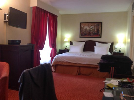 Hotel du Louvre : The bed was very comfortable