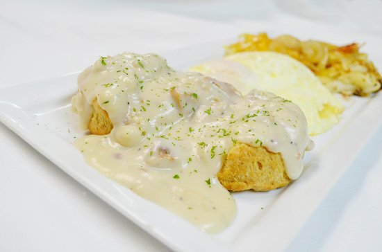 Rodeside Grill: Crab Cake Benedicts