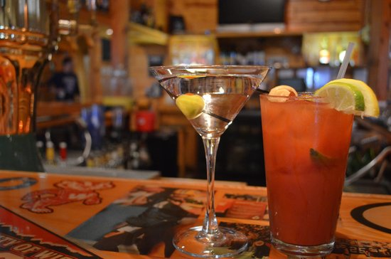 Rodeside Grill: RodeSide Bar